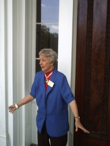 Judy_Dunleith tour guide